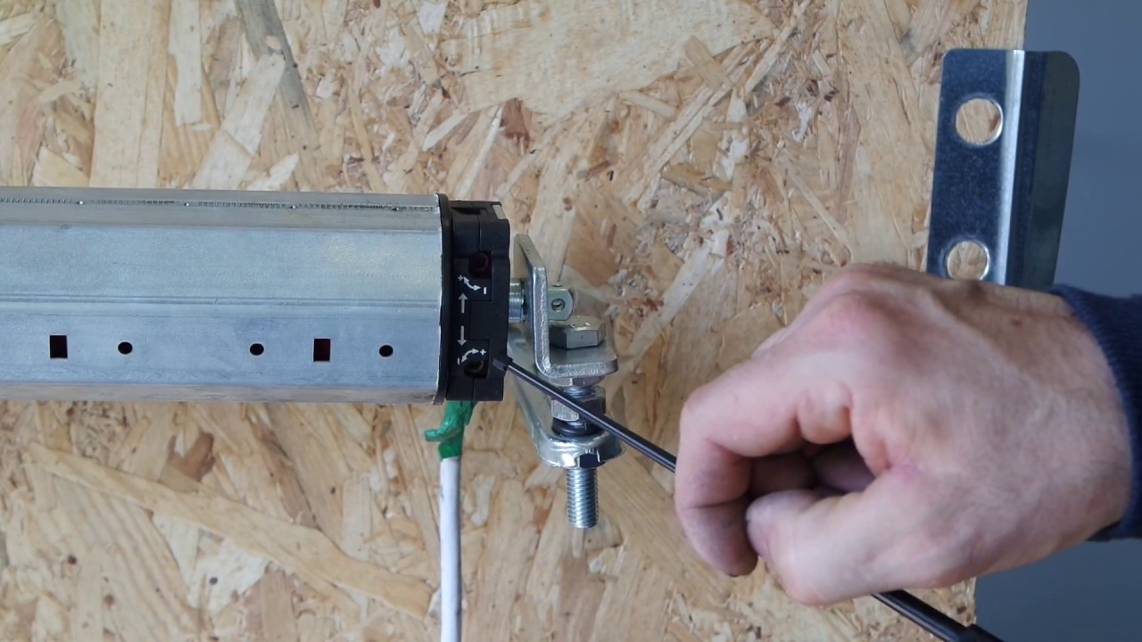 Trucchi per regolare il fine corsa di una tapparella elettrica